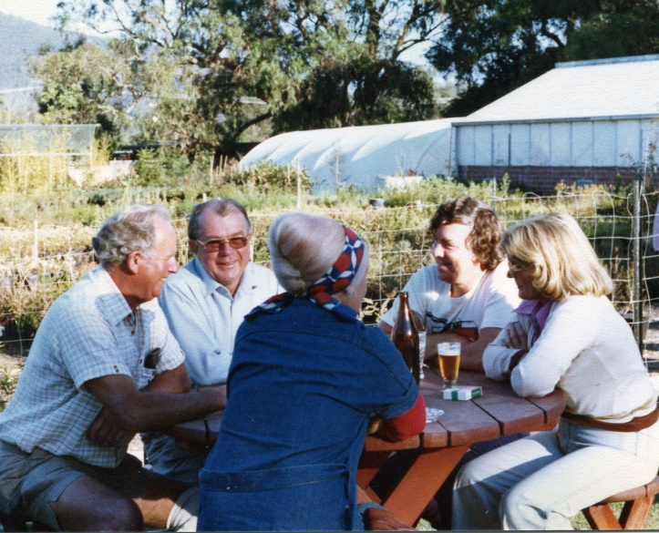 Fred Stephenson, W McIntyre,F Gow,at Fred's Nursery FTG,1973-1974, CROP